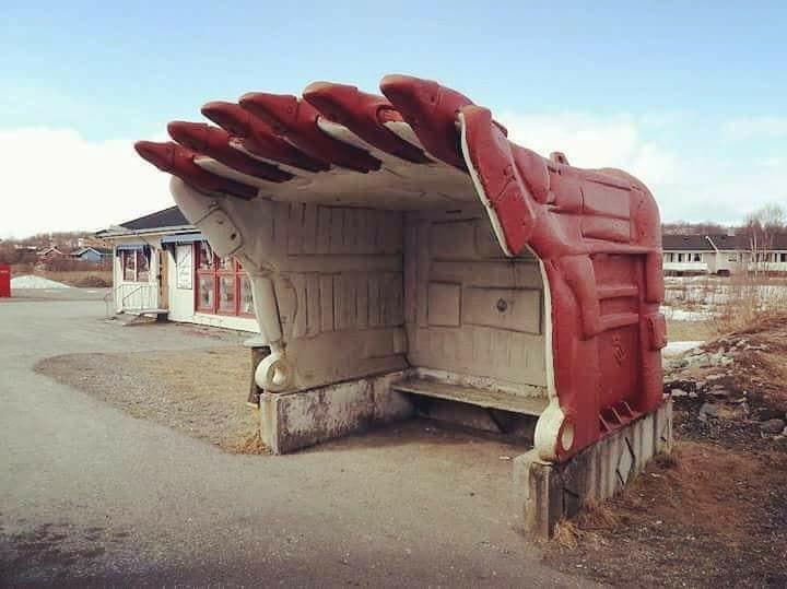 bus shelter _n.jpg